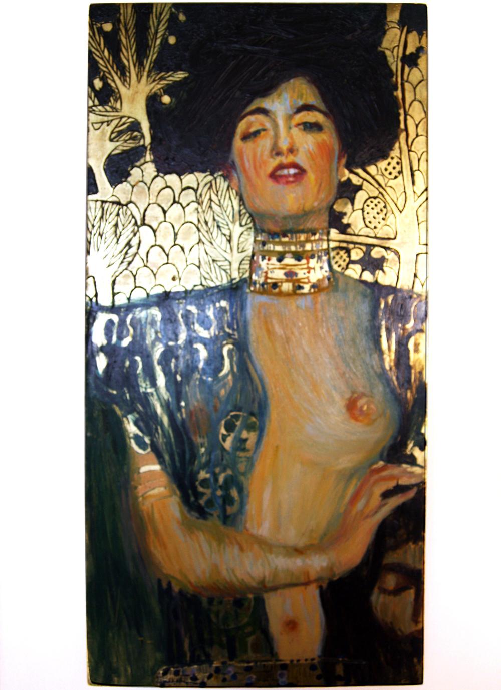 """""""Judith mit dem Kopf von Holofernes"""" von Gustav Klimt. Öl auf einem grundierten Brett. Vergoldungen."""